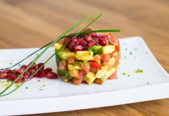 avocado-tomato-tartar